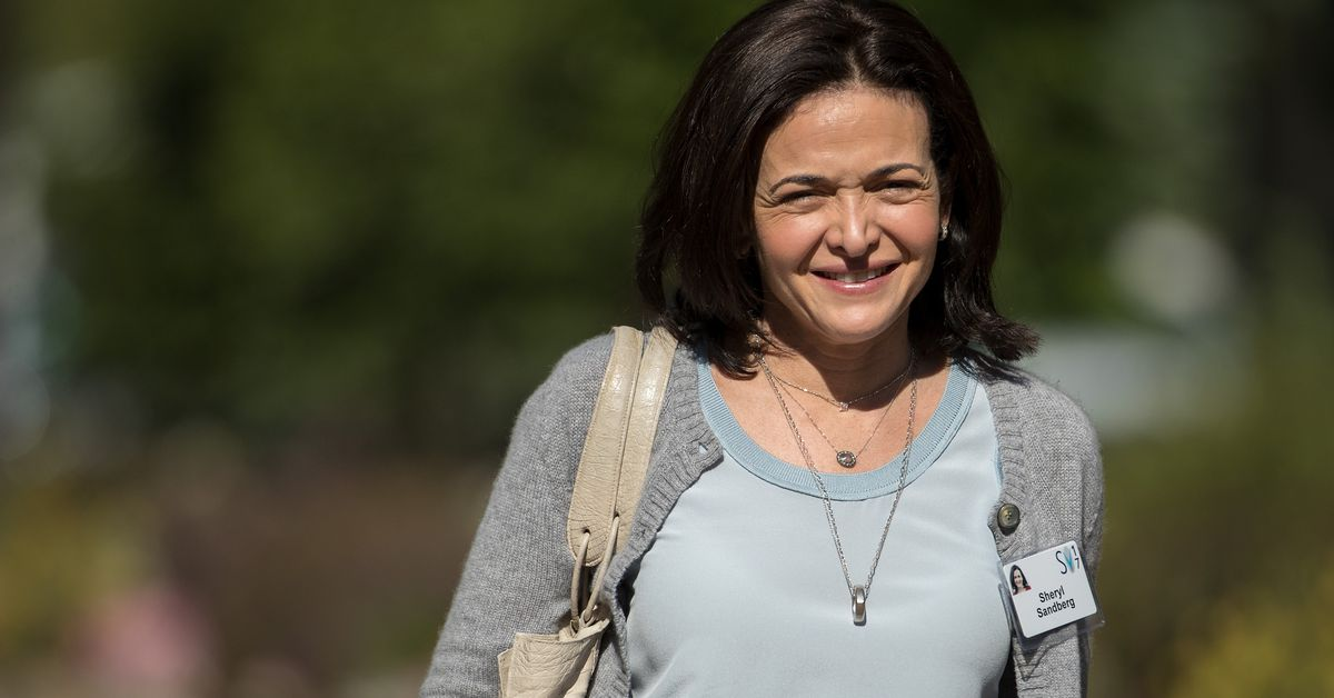 photo image Sheryl Sandberg says Facebook will give investigators Russian ad targeting data