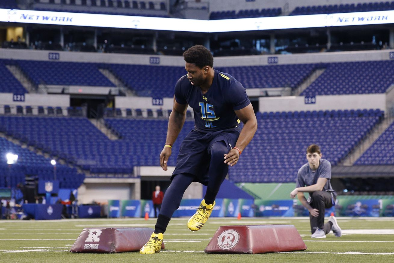 49ers to meet with likely No. 1 pick Myles Garrett