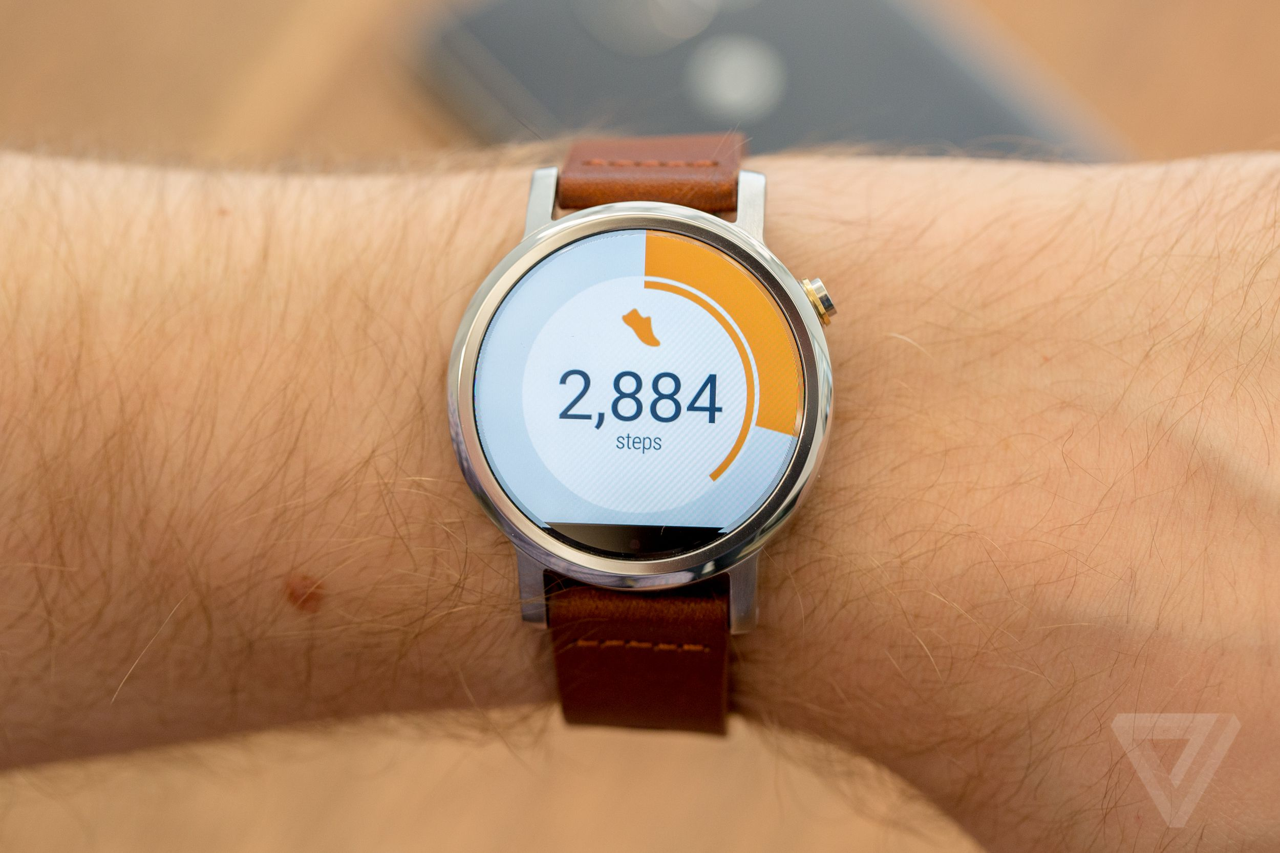 Moto 360 Review 2015 The Verge
