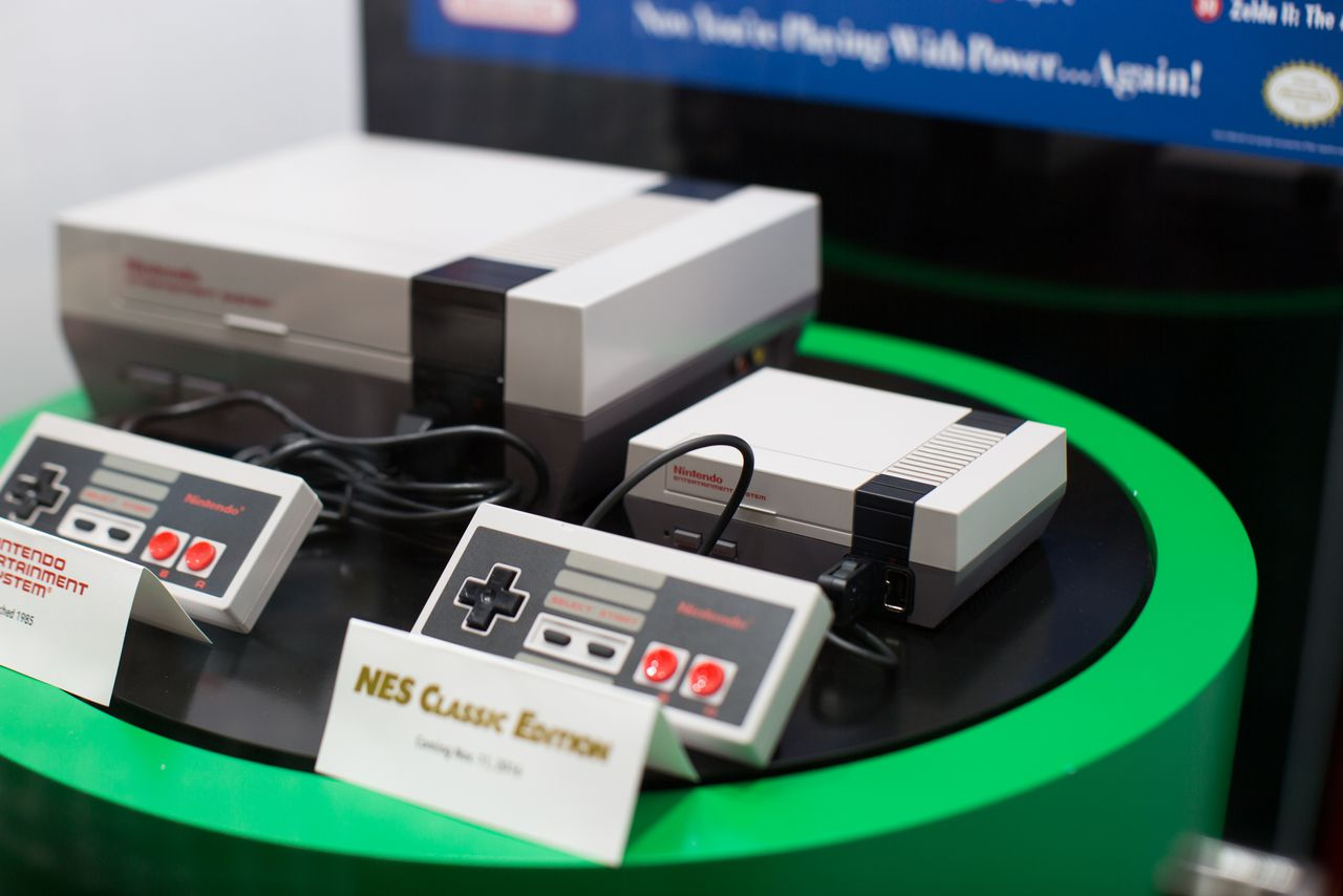 We Just Saw Nintendos NES Classic In Person And It Is