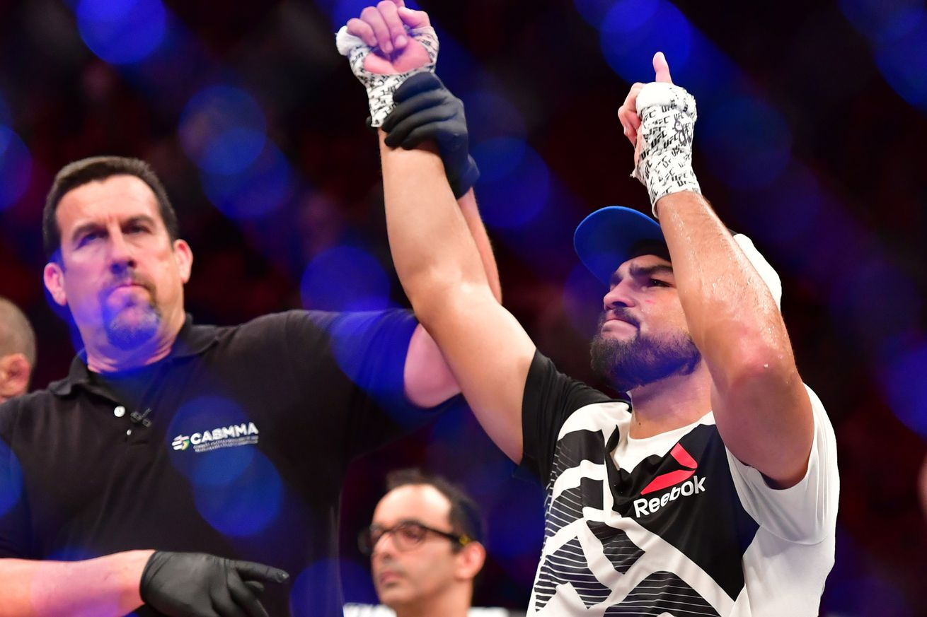 Kelvin Gastelum scores reduced sentence from USADA, eligible to make UFC return in June