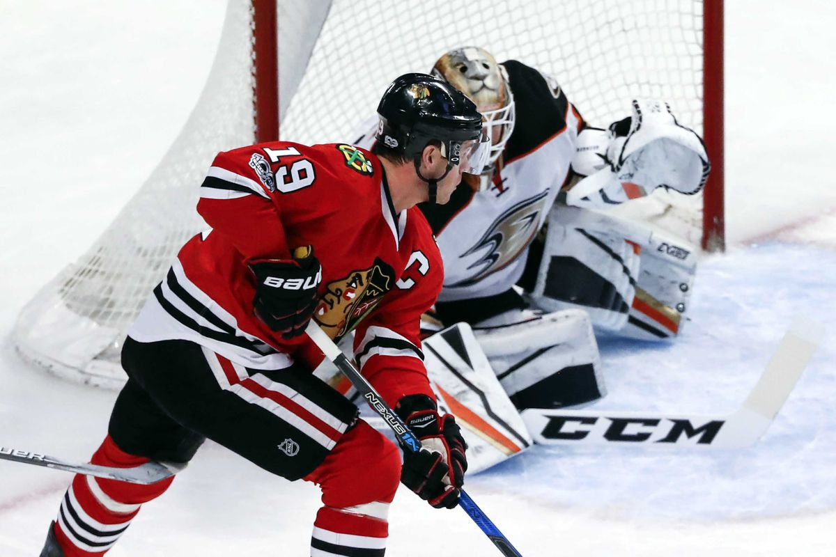 Blackhawks shut out by Ducks coming off lengthy break