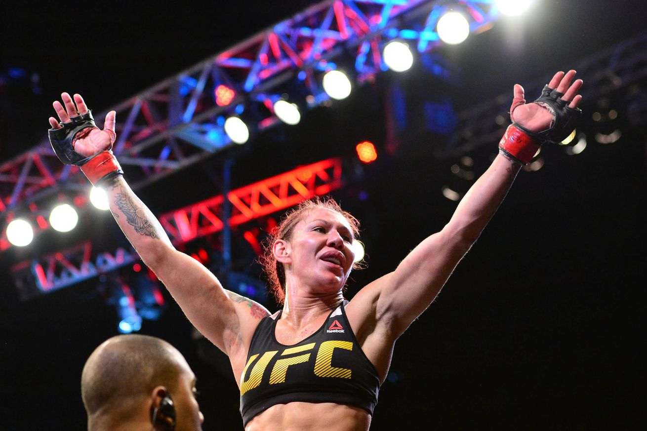 Cris Cyborg trains with ex wrestling champion, challenges UFC rival Ronda Rousey to 'Royal Rumble'