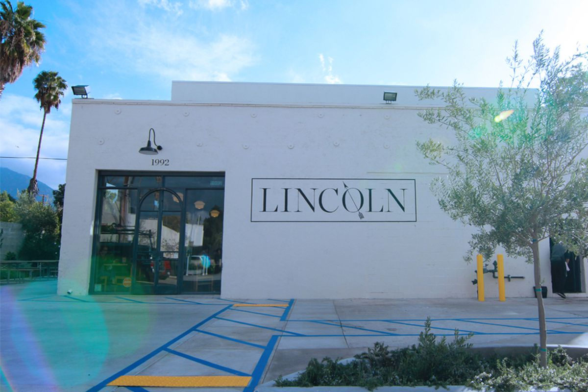 Is pasadena 39 s lincoln corridor the next big hipster haven for 18 8 salon pasadena