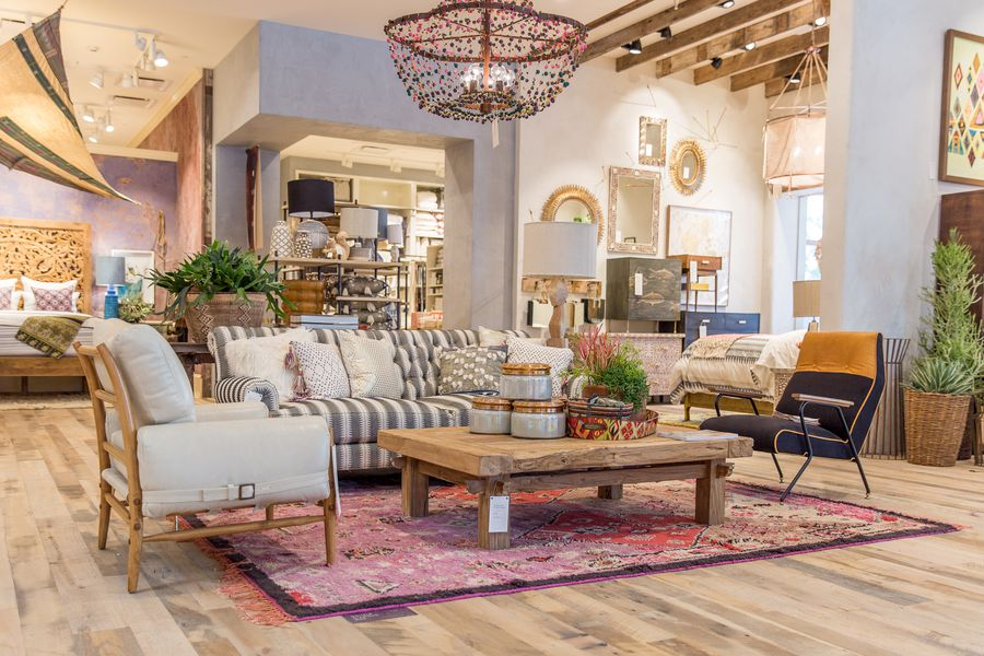 Anthropologie 39 s upgraded newport beach store offers major for Anthropologie mural