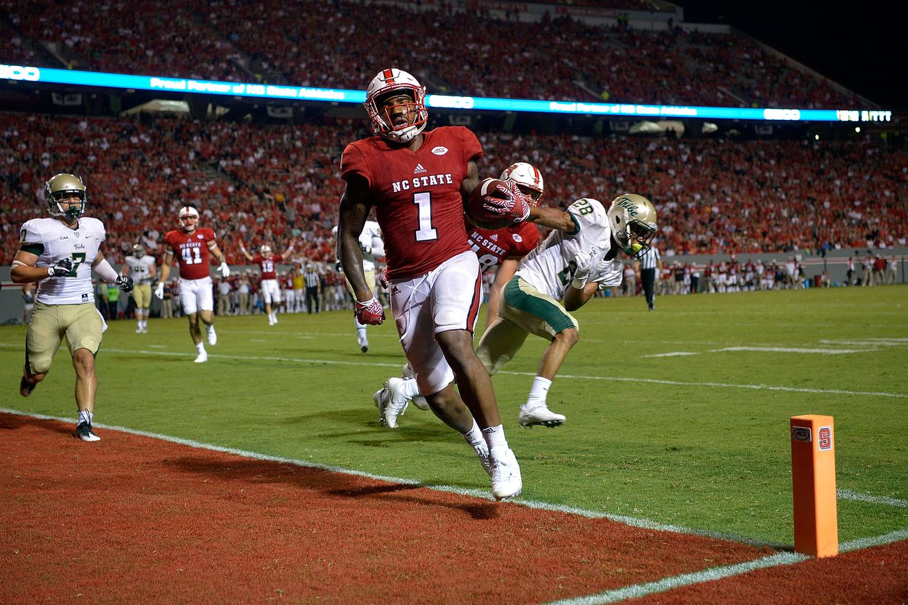 Finley starts at QB, NC State beats William & Mary 48-14