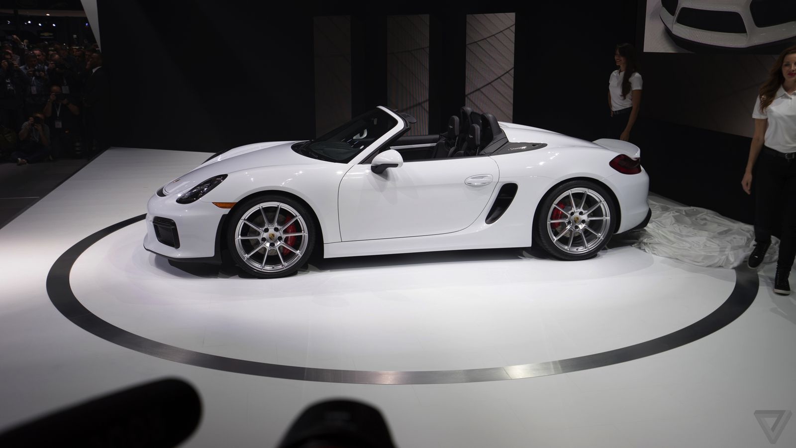the porsche boxster spyder is the simplest lightest and. Black Bedroom Furniture Sets. Home Design Ideas