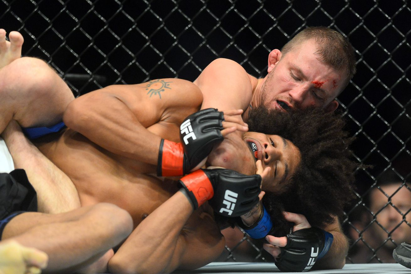 community news, Watch Jason Knight submit Alex Caceres at UFC on FOX 23 in Denver