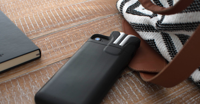 Pebble creator made an iPhone case that can store and