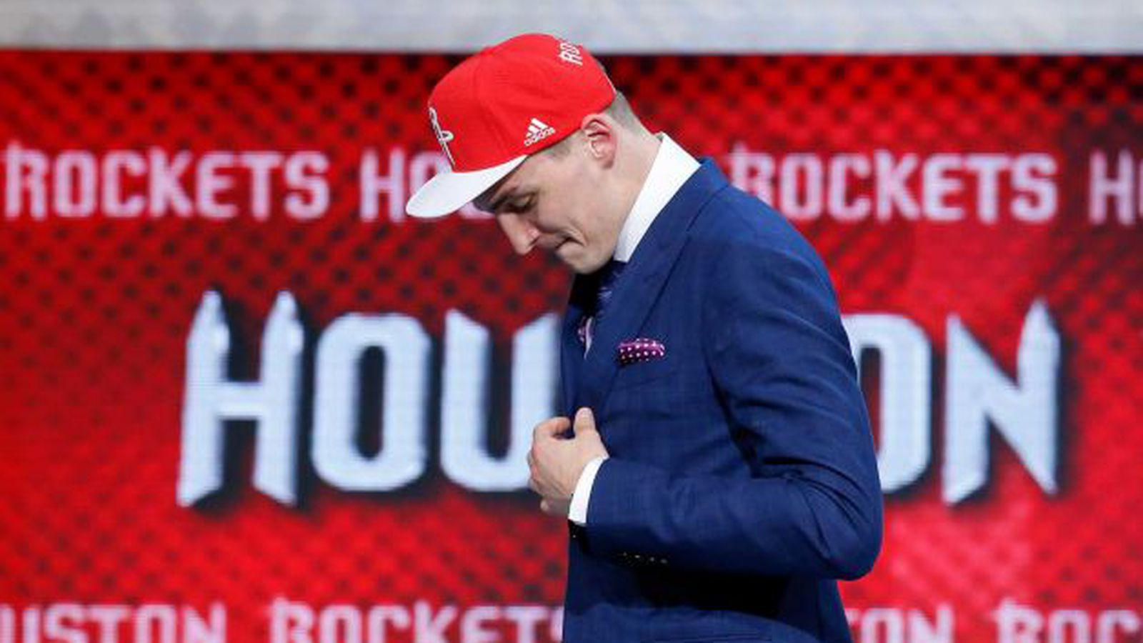 Film Study: How Sam Dekker fits with the Houston Rockets ...