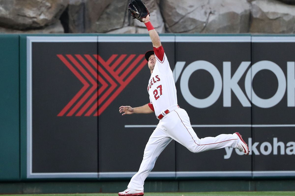 Mike Trout fills up box score in Angels' rout of Mets