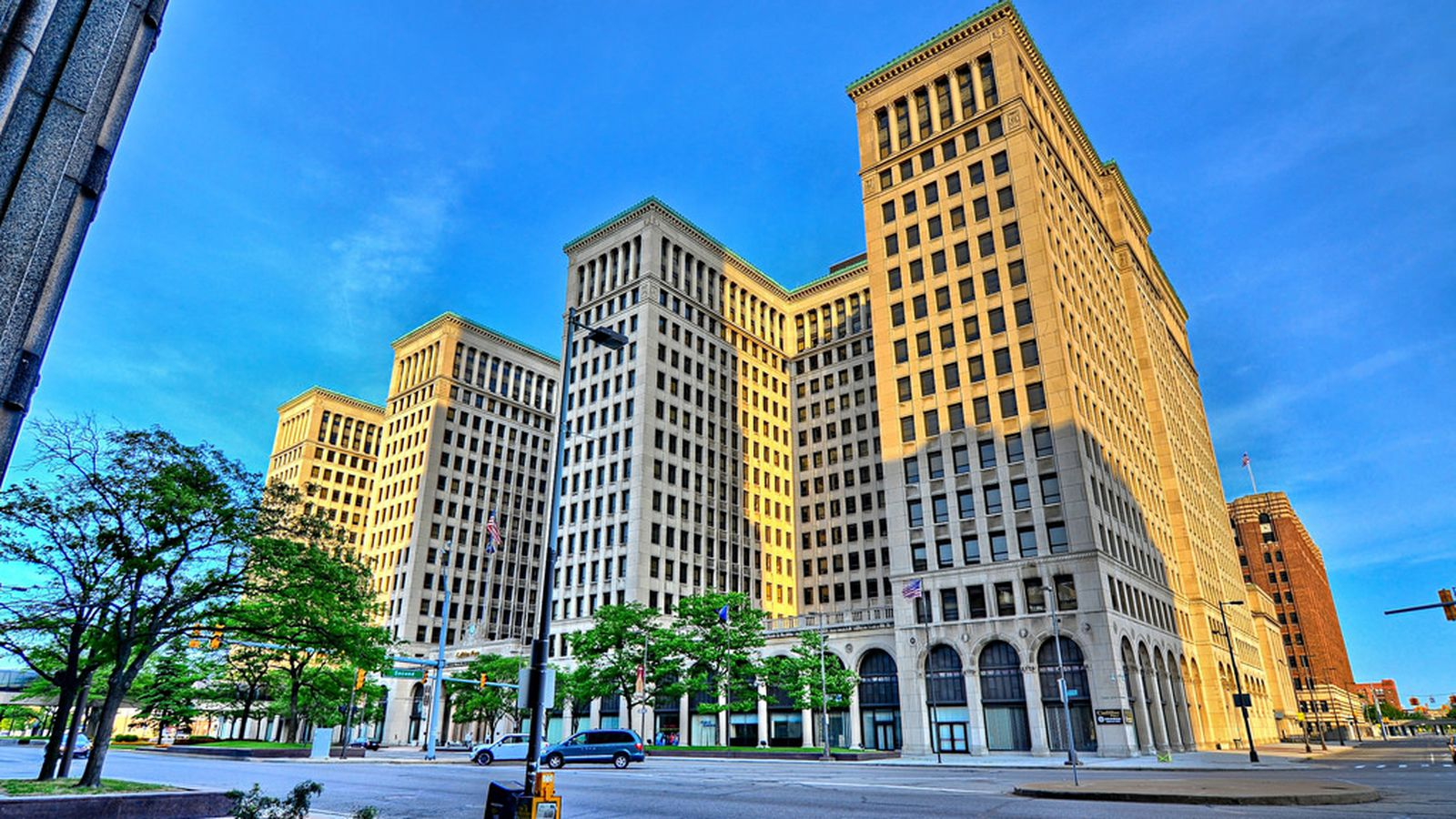 Iconic Detroit Building of the Week: Cadillac Place Building - Curbed Detroit