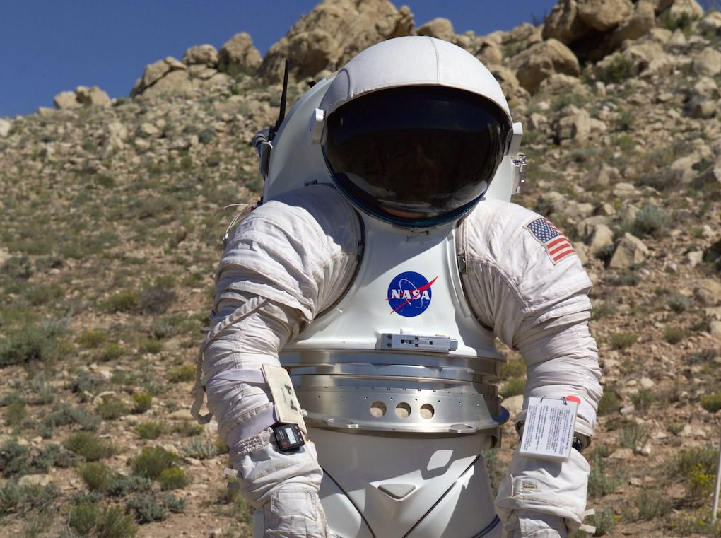 space suit bending - photo #7
