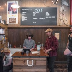 Saddle Up For Country Western Wallyburger S Debut Saturday