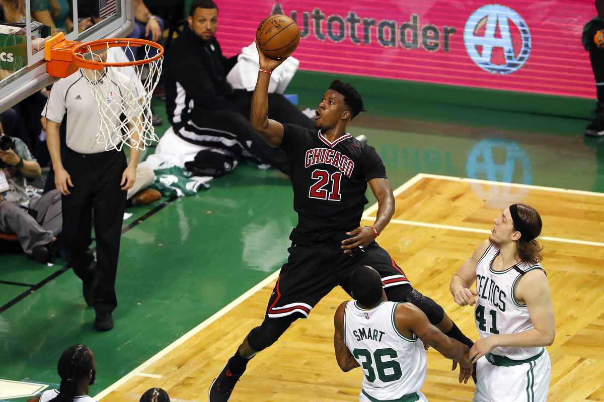 Bulls top Celtics 106-102; Thomas plays after sister's death