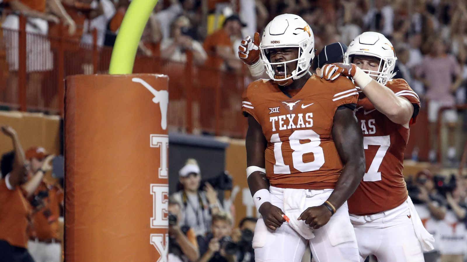 Swoopes training for nfl future at tight end burnt orange nation