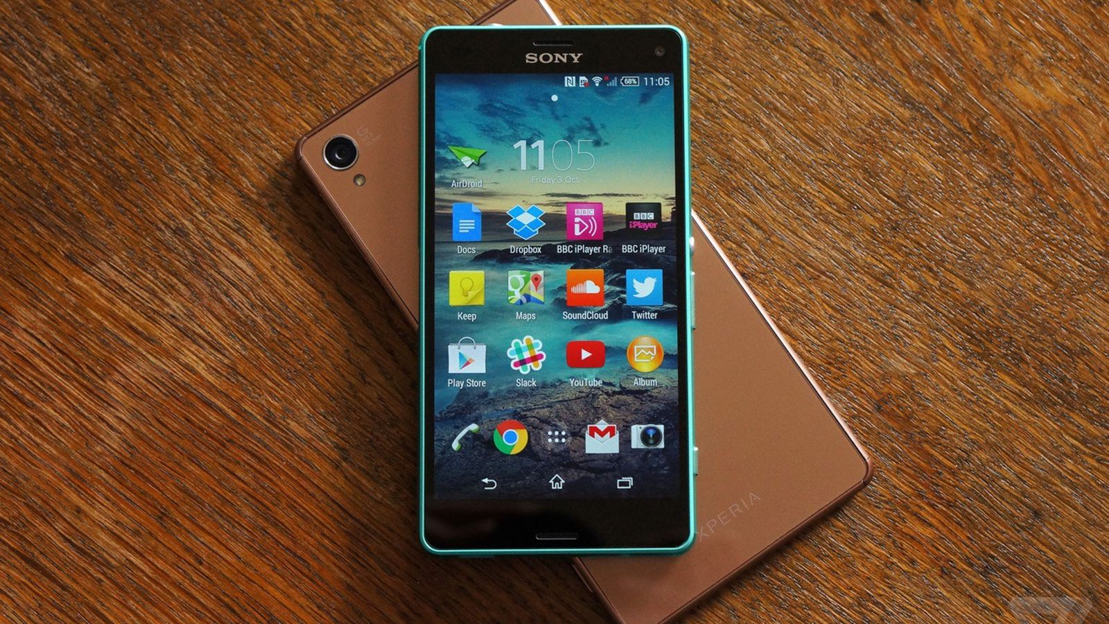 Sony Xperia Z3 And Z3 Compact Review The Verge