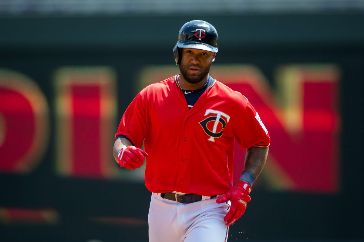 Braves acquire Danny Santana from Twins