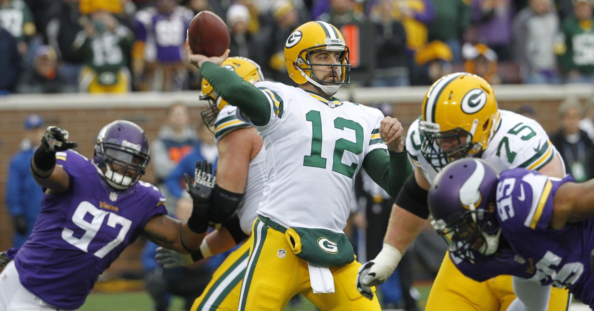 Packers-vikings-football1-1880x1149