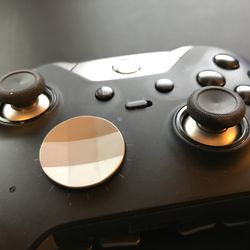 Elite controller with its circular d-pad
