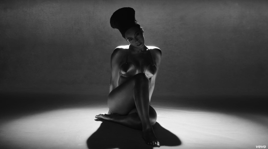 """Ashes to ashes, dust to side chicks"": Beyoncé releases the music video for ""Sorry"" - Vox"