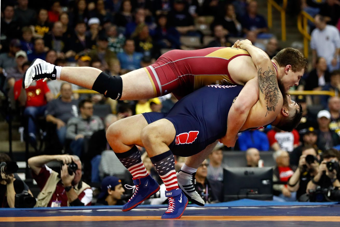 Cuba, Russia bag gold medals on opening day of wrestling
