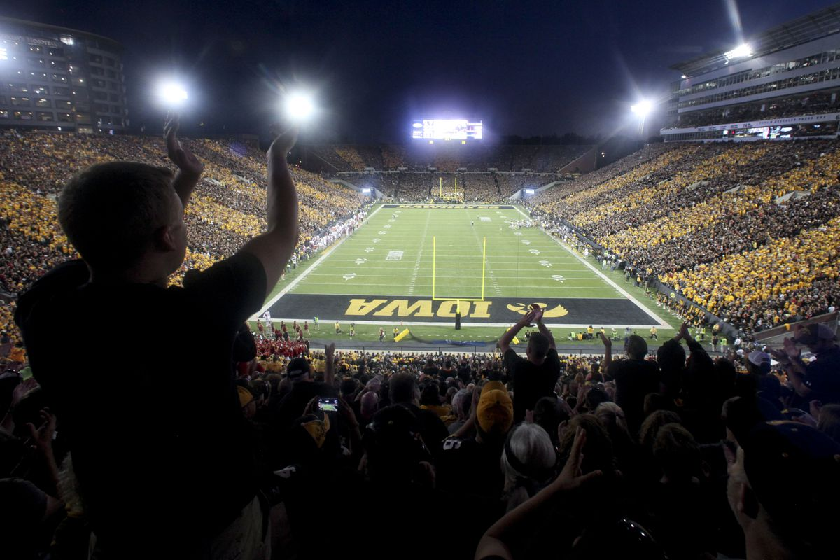 Iowa AD Gary Barta details damaged relationship with Meyer