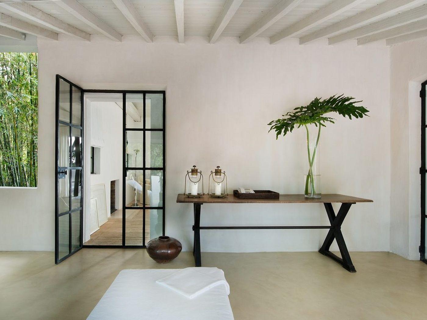 Calvin Klein Bedroom Furniture The Full Tour Of Calvin Kleins 16 Million Miami Beach House