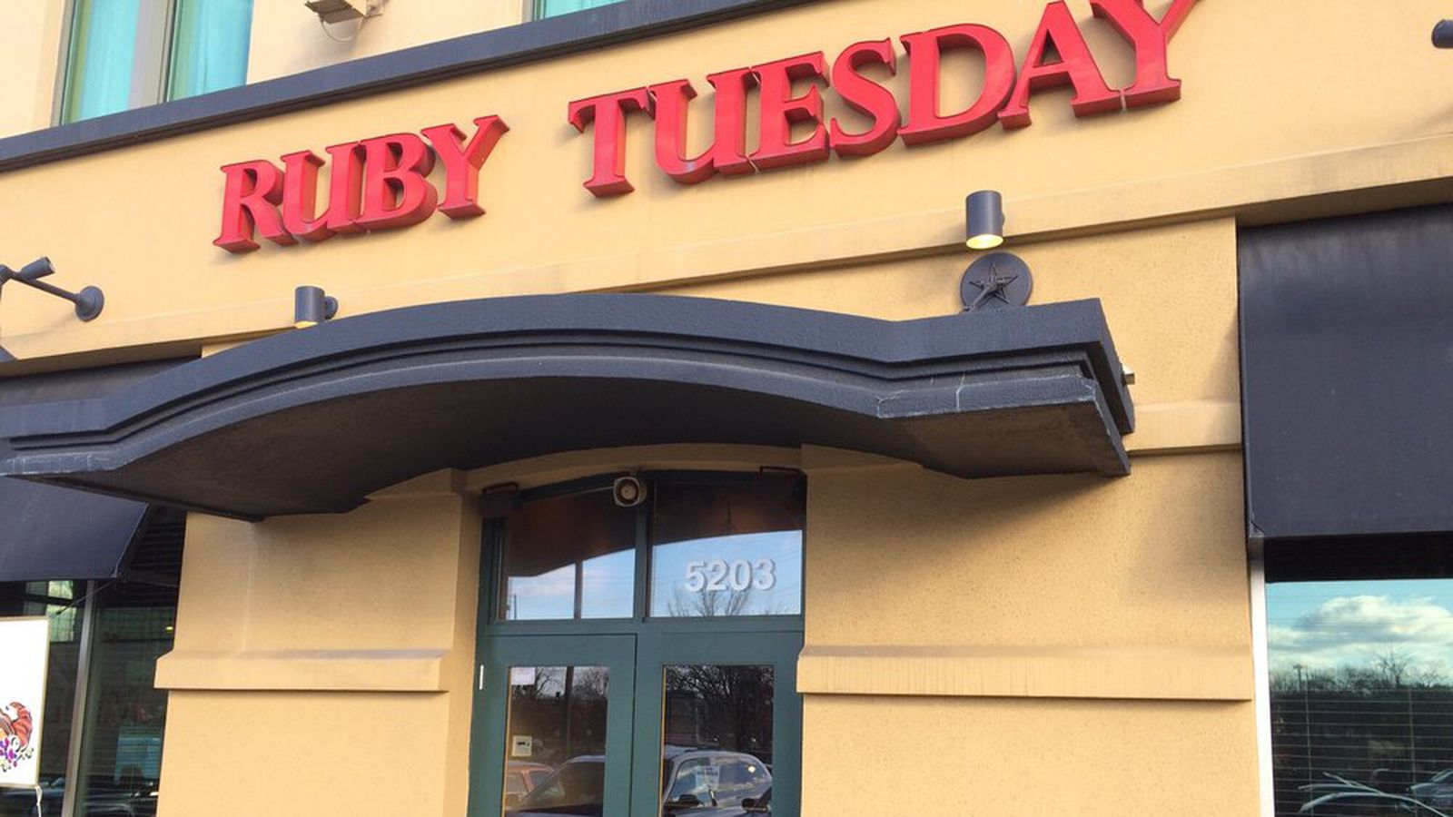 All Illinois Ruby Tuesdays Shutter Massive Mexican