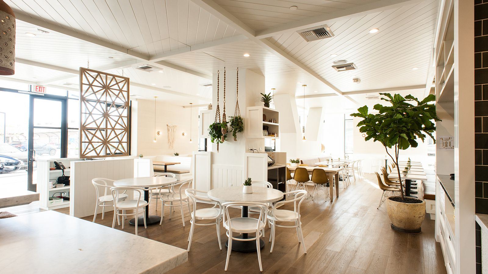 Cafe Gratitude A Sunny All Day Vegan Eatery In The New