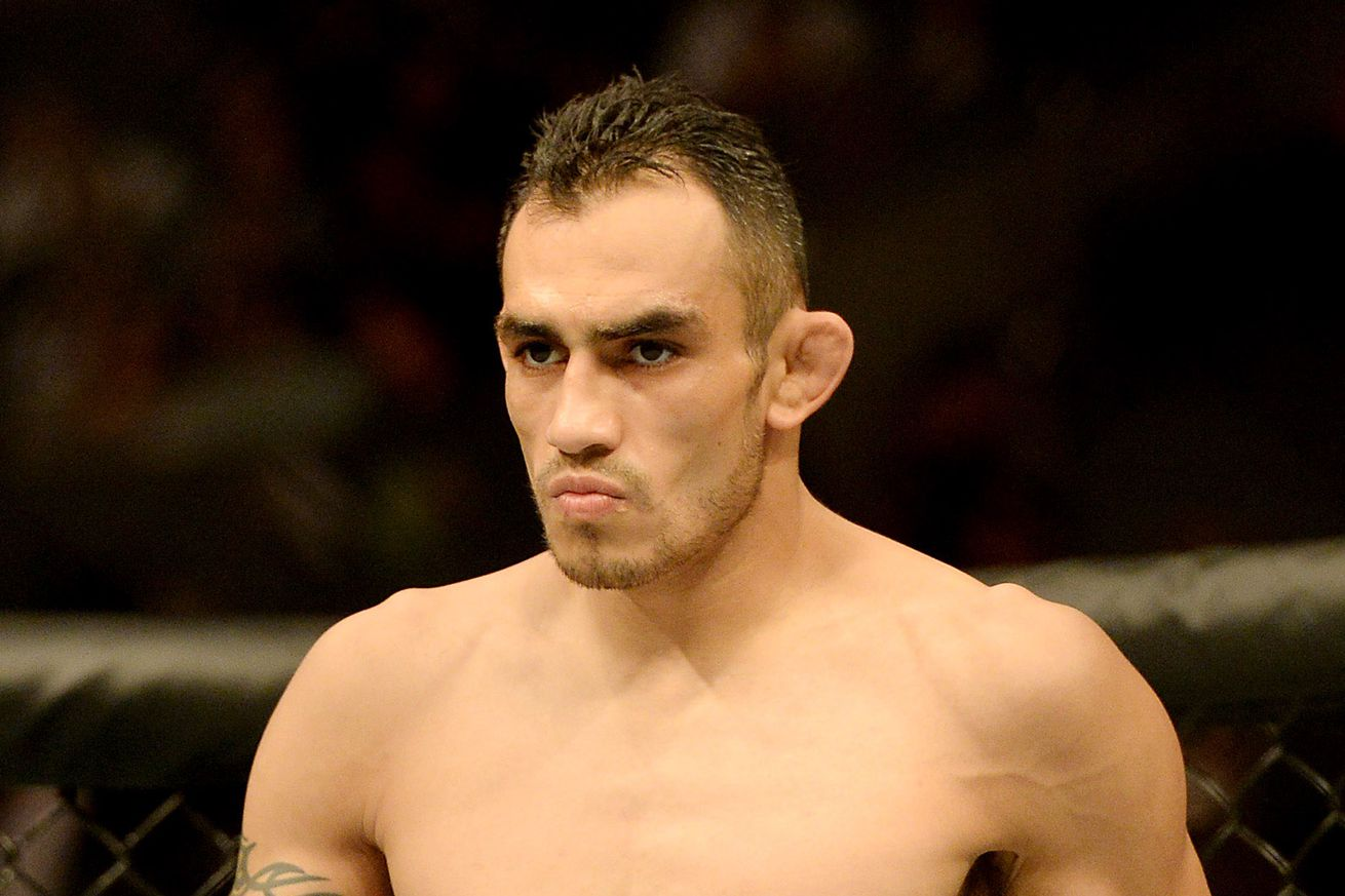 community news, Manager issues Tony Ferguson deadline to make UFC deal or lose Khabib Nurmagomedov fight (then deletes Tweet)