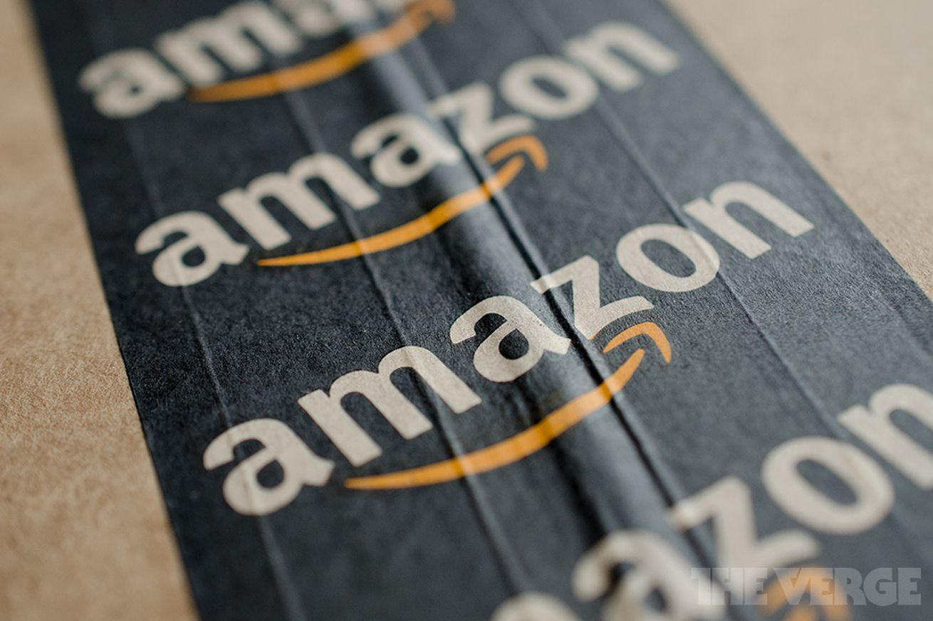 Amazon.com, Inc. (NASDAQ:AMZN) Lowers Free Shipping Minimum to $25