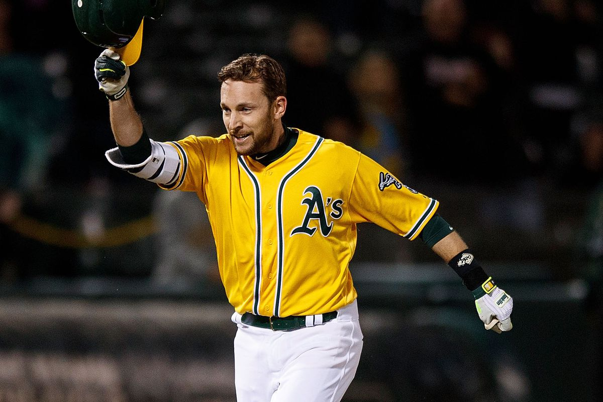 Triggs overcomes shaky start as Angels beat A's 3-1