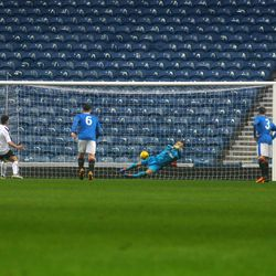 Robby McCrorie saves Kevin O'Hara's penalty