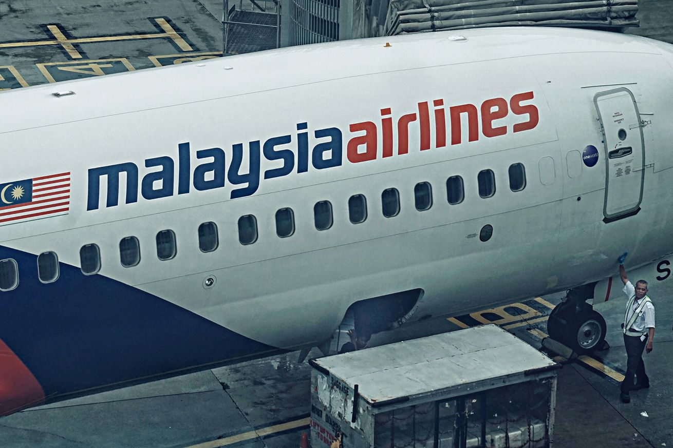 Malaysia Airlines will be first to use new satellite-based airplane tracking system