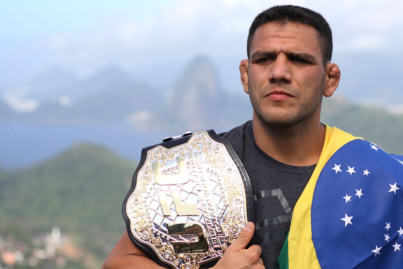 community news, Rafael dos Anjos aims to finish Eddie Alvarez, praises UFC Fight Pass as 'the future'
