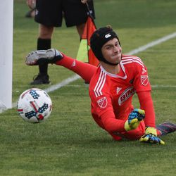 Chay Kaplan makes a save in penalty shootout against Atlanta United