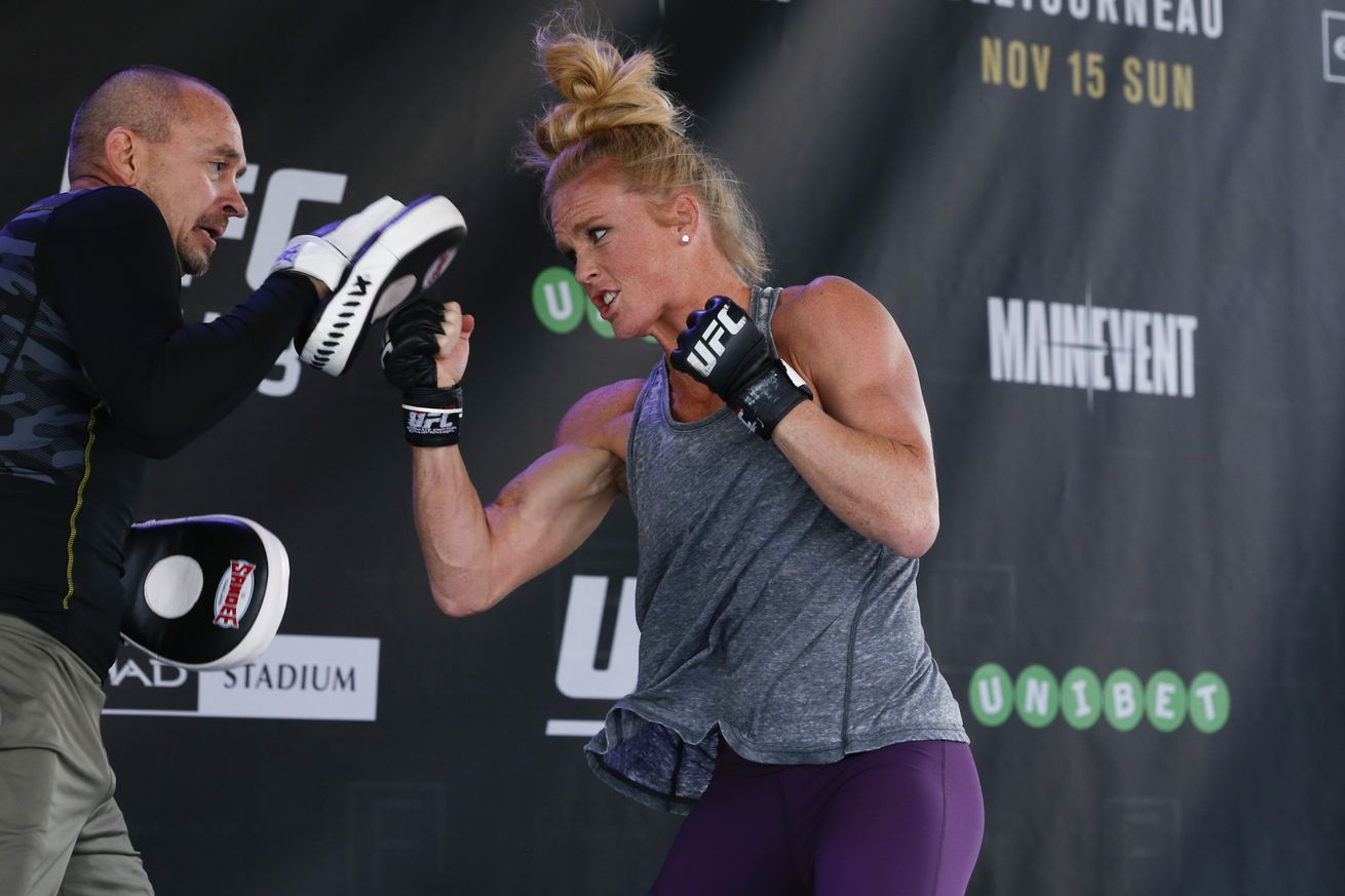 community news, Coach Mike Winkeljohn predicts Holly Holm will KO Miesha Tate in the second round