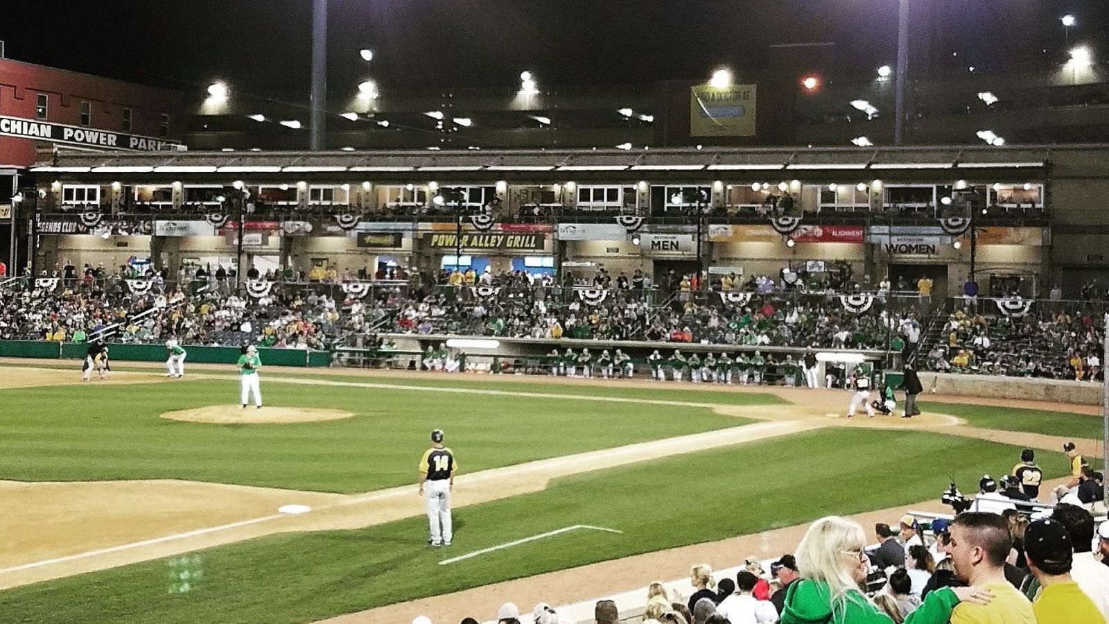 Wvu_baseball.0