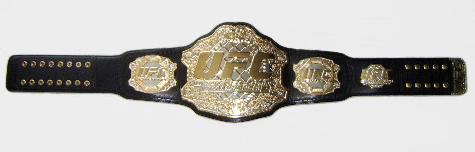 Photos: Carla Esparza eats $1000 sundae to celebrate UFC ...