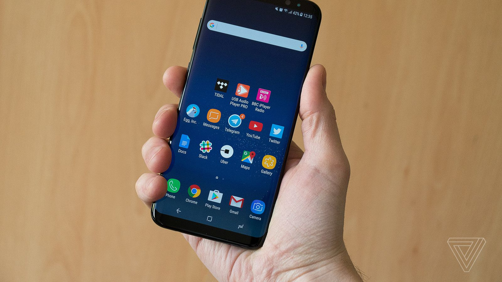 The Galaxy S8 Plus is an Ergonomic Marvel
