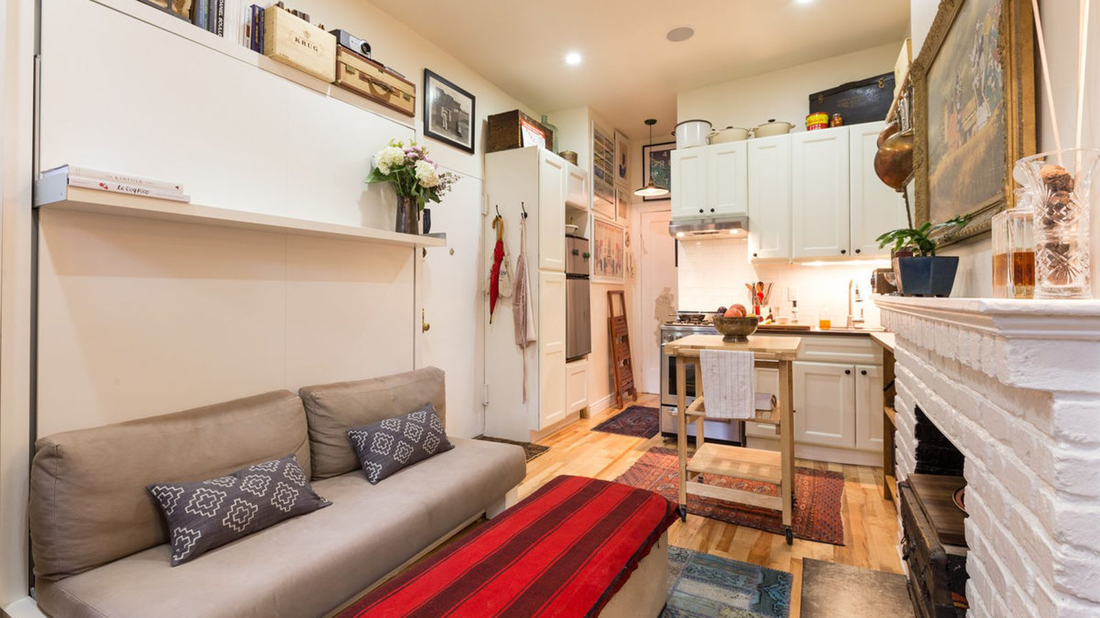 Tour a totally livable 242 square foot west village - Affordable interior design seattle ...