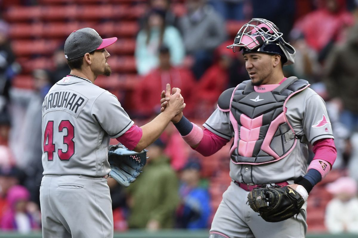 Carrasco injured, but Indians' bullpen stops Rays in 8-7 win