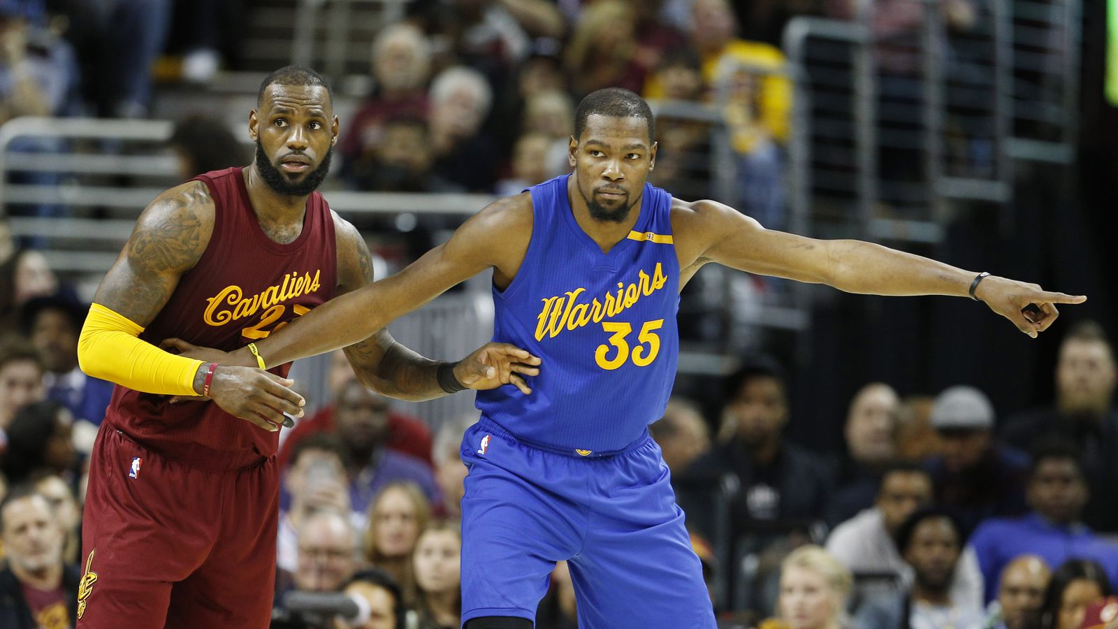 cavaliers warriors ratings surge as nba games battle football on christmas day - Christmas Day College Football