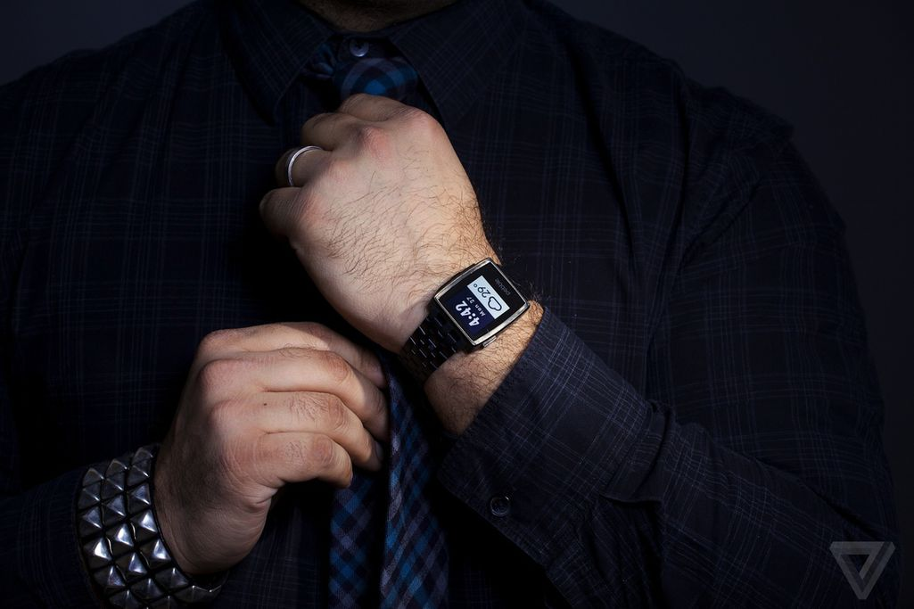 Pebble Steel review: business class