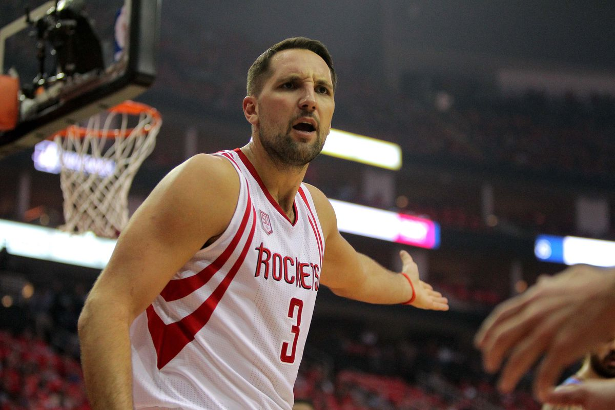Rockets' 22 3-pointers dismantle Spurs, 126-99 in Game 1