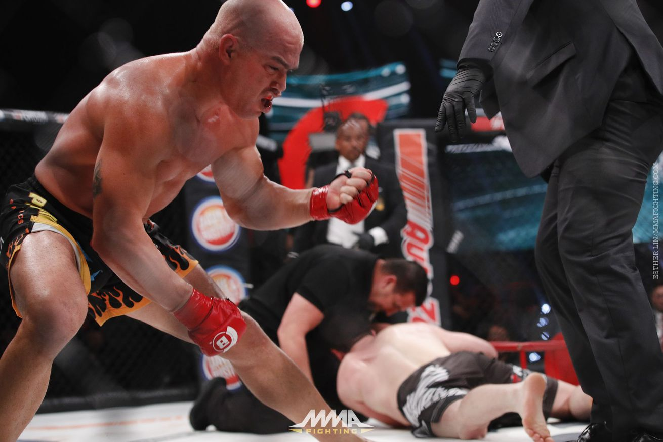 Morning Report: Tito Ortiz responds to 'fixed fight' allegations: 'F**k that. It's ridiculous'