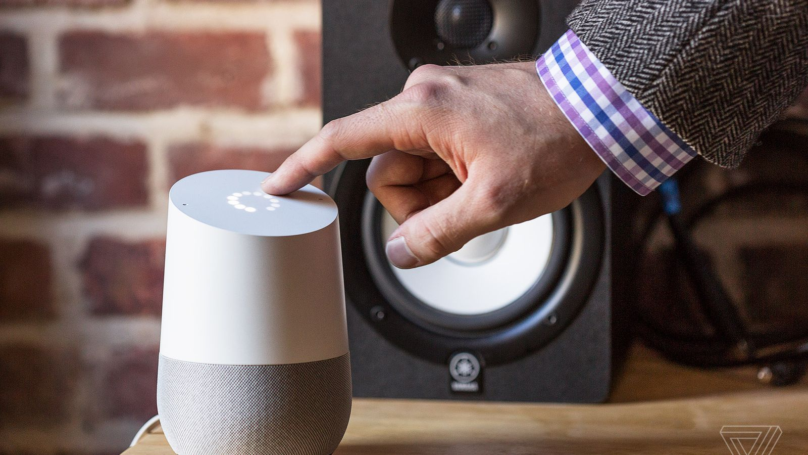 Google Home Now Works with Belkin WeMo and Honeywell Smart Devices
