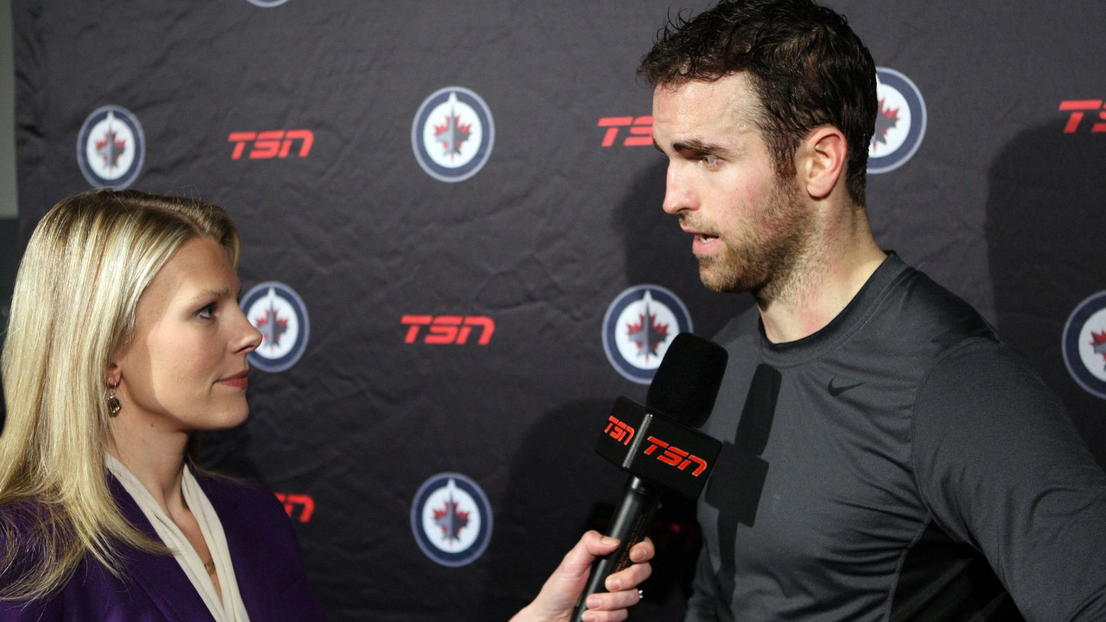 Rogers sportsnet replaces tsn as canada s nhl broadcaster arctic ice