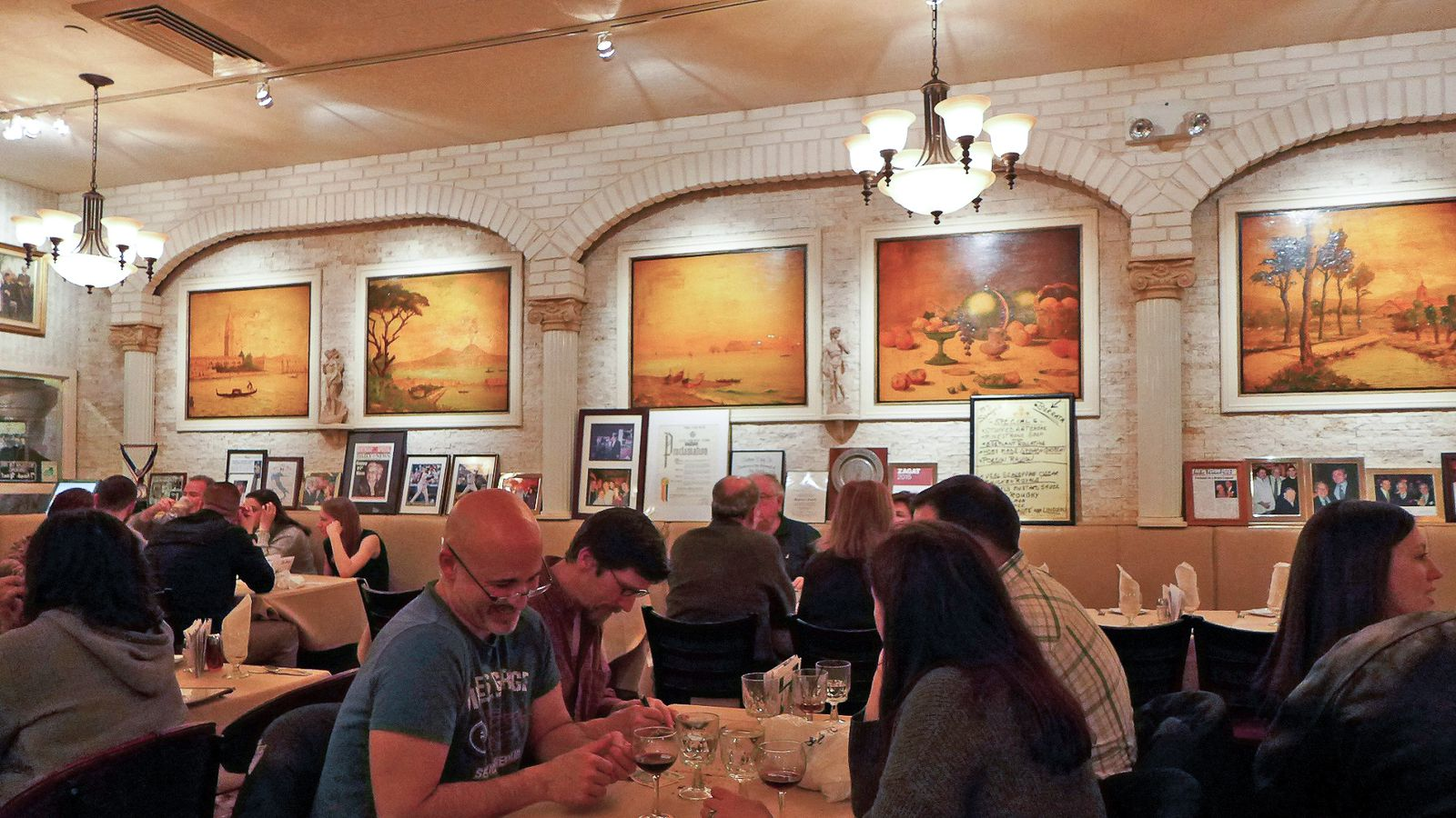 10 old fashioned italian american restaurants to try in for American italian cuisine